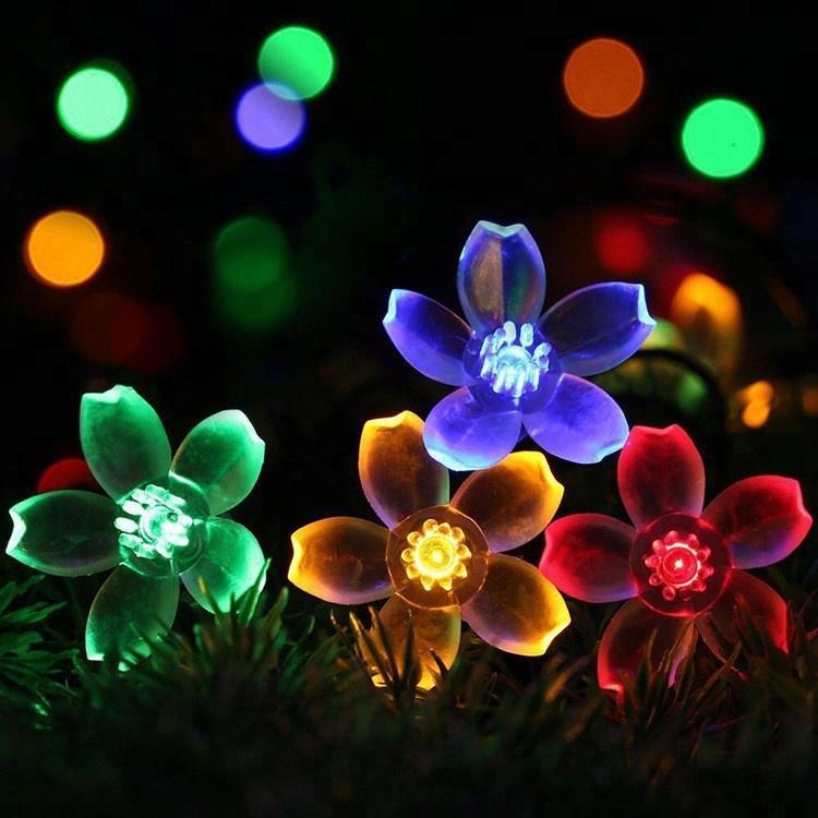 Christmas day outdoor waterproof light flower string LED solar holiday decorative garden light