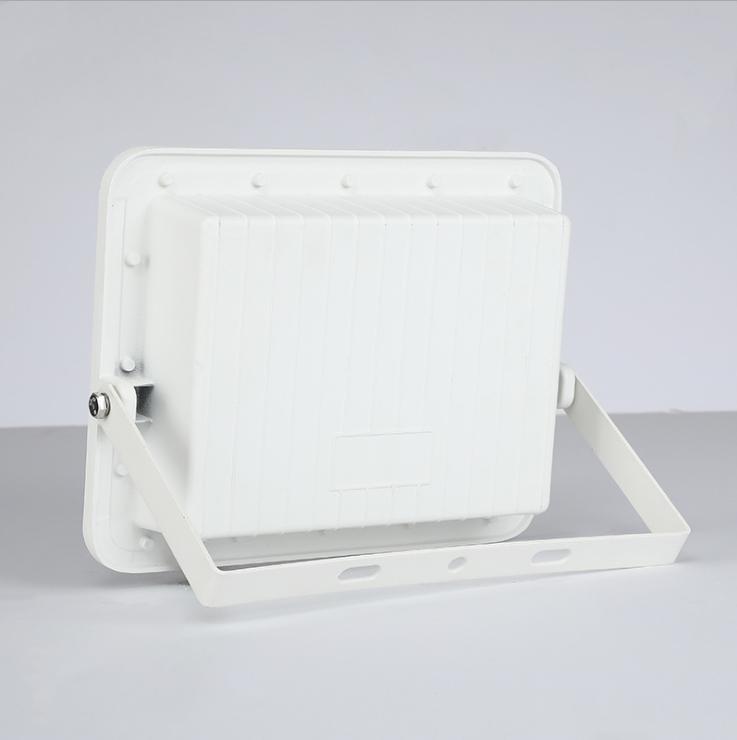 Aluminum Alloy Lamp Body Material PC Lens SMD LED 60W 120W 200W Solar Flood  Light